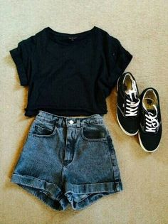 Casual attire- denim High waisted shorts, black top, vintage hipster trainers, High waisted shorts with a dark blue wash Spring Outfits, Winter Outfits, Casual Outfits, Hipster School Outfits, Basic Outfits, Concert Outfits, Hipster T Shirts, Short Outfits, Casual Summer Clothes