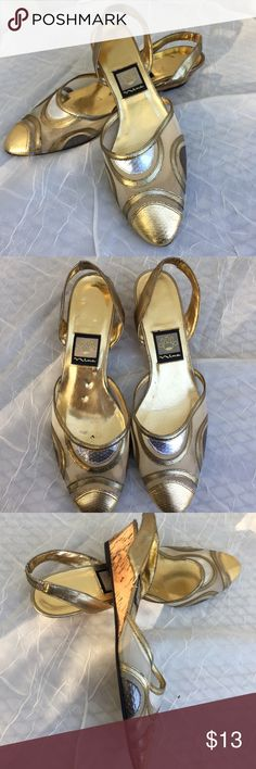 """Nina Metallic Gold Cork Wedge Heel, 8.5 Narrow Great looking shoes, perfect for holiday season.  These were my mom's.  Minor wear on soles but rest looks almost new.  Sole says"""" Sole Composition Leather"""".  Heel is about 1.5"""" inches high at back. Nina Shoes Wedges"""