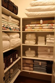 Small Master Closet Organization Ideas Laundry Rooms Ideas For 2019 Closet Shelves, Closet Storage, Closet Bedroom, Linen Closet Design, Organizing Walk In Closet, Laundry Room Organization, Closet Organization Diy, Small Closet Organization, Small Master Closet