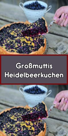 Großmuttis Heidelbeerkuchen Grandmother's blueberry pie is simply second to none! A thin base of dough with lots of blueberries and a delicious icing – the cake is a real summer highlight. Mini Desserts, Plated Desserts, Chocolate Desserts, Blueberry Scones, Vegan Blueberry, Blueberry Desserts, Dessert Halloween, Scones Ingredients, Gateaux Cake