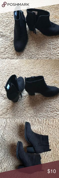 Black ankle boots Size 8, suede like , only worn once old Navy Shoes Ankle Boots & Booties