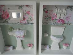 Quadro para banheiro, com fundo em tecido 100% algodão, com peças em resina e flores secas.