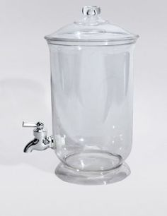 Make serving party, picnic or barbecue drinks a breeze with this handy, easy-to-use dispenser.