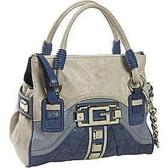Yves Saint Laurent, Beach Casual, Types Of Bag, Purses And Handbags, Travel Bags, Stylish Outfits, Clutch Bag, Fashion Bags, Jeans