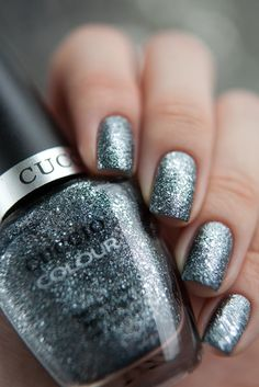 Cuccio - Vegas Vixen | Polish brand - with awesome new gel system. Pro system. This is the lacquer, also comes in the gel veneer.