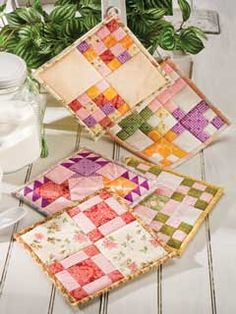 Quilted potholders - what a wonderful way to use up very small fabric scraps.