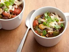 Get this all-star, easy-to-follow Vegetarian Chili recipe from Robin Miller