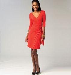 M6884 Misses' Dresses | Easy