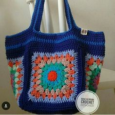 How To Crochet A Shell Stitch Purse Bag - Crochet Ideas Crotchet Bags, Bag Crochet, Crochet Market Bag, Crochet Shell Stitch, Crochet Quilt, Crochet Handbags, Crochet Purses, Knitted Bags, Crochet Blanket Patterns