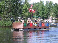 Pontoon Decorated for July 4th | Fourth of July | Pinterest ...
