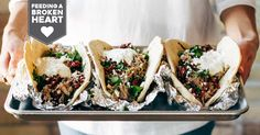 Greek Pork Pitas wit