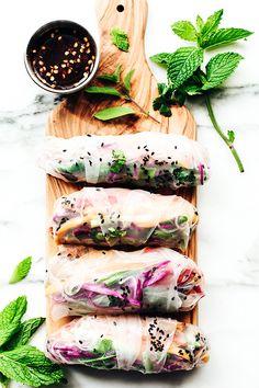 rainbow summer rolls with chile-garlic tofu #vegan #recipe
