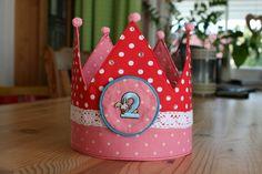 Krone für Kindergeburtstag nähen mit kostenlosem Schnittmuster