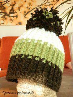 """AGNIESZKA a její kratochvíle: Návod na zimní háčkovanou čepici s """"pružícím"""" vzor... Crochet For Kids, Crochet Baby, Yarn Crafts, Diy And Crafts, Knitting Patterns, Crochet Patterns, Baby Hats, Knitted Hats, Winter Hats"""