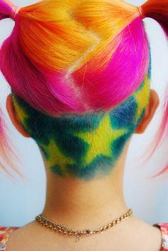 Pin by Yarelis Ramos on Hair&Makeup Funky Hairstyles, Pretty Hairstyles, Updo Hairstyle, Wedding Hairstyles, Hair Tattoos, Coloured Hair, Rainbow Hair, Crazy Hair, Hair Art