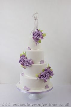 Lilac and Green Floral Wedding Cake Wedding Cakes - Award Winning Cakes by Natalie Porter - Hertfordshire, London and Essex #wedding #weddingcake #sugarflowers
