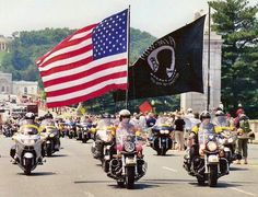 Dartmouth College Gets Surprise Visit From Rolling Thunder When Student Announces Plan To Burn Flag – American Lookout American Pride, American Flag, American Spirit, American Freedom, American Soldiers, Patriot Guard Riders, Surprise Visit, Rolling Thunder, Special Ops