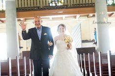 St Peter's Church Wedding in Melaka: Wim + Grace: http://www.emotioninpictures.com/st-peter-church-wedding-melaka-wim-grace