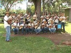 Orquestra de Viola Caipira do Paraná com música de Natal