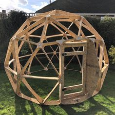 Geodesic Dome with door - fruit cage, arbour, garden room, chicken run Wooden Gazebo, Wooden Garden, Geodesic Dome Kit, Casas Country, Fruit Cage, Bubble House, Dome Structure, Dome Greenhouse, Tadelakt