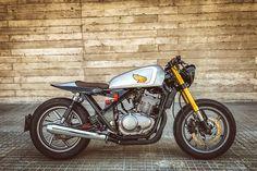 Eighties Overhaul - Free Kustom Cycles Bagger Motorcycle, Motorcycle Types, Cafe Racer Motorcycle, Motorcycle Outfit, Cafe Racer Shop, Cafe Racer Style, Cafe Racer Build, Honda Motorcycles, Custom Motorcycles