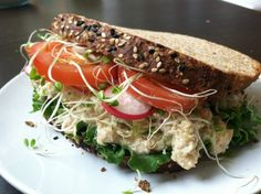 Simple, Quick and Vegan Sandwich