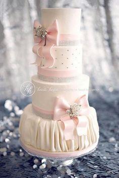 bows on cake