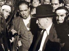 Francisco Largo Caballero y Santiago Carrillo con milicianos en la sierra de Madrid - Portal Fuenterrebollo