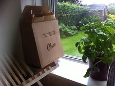 Obeo food waste box out in the world Food Waste, Paper Shopping Bag, Recycling, Box, Boxes, Repurpose, Upcycle