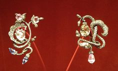 JAR ~ Earrings, 1990 ~ Sapphires, diamonds, silver, gold. Private Collection ~ photo Sweet Sabelle