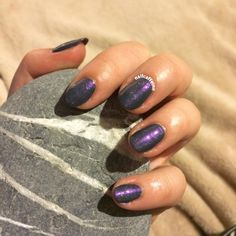 Galaxy nails in 2 steps! Check out the blog for more on this look! http://nailcaffeine.com/