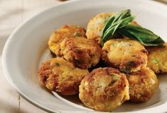 Amateur Cook Professional Eater - Greek recipes cooked again and again: Savoury fried pumpkin balls Pumpkin Recipes, Fall Recipes, Wine Recipes, Cooking Recipes, Soup Recipes, Greek Recipes, Light Recipes, Pumpkin Fritters, Squash Fritters