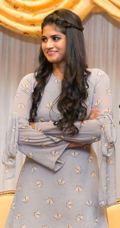 Actress Megha Akash Latest Hot Photos,Megha Akash Photos, Actress Megha Akash Latest HD Images Gallery,Megha Akash Pictures and Stills. Indian Bollywood Actress, Bollywood Photos, Beautiful Bollywood Actress, Beautiful Indian Actress, Indian Actresses, Beautiful Saree, Beautiful Women, Indian Actress Gallery, Tamil Actress Photos