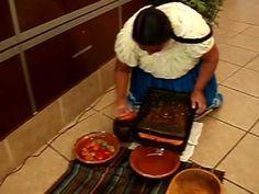 Así se usa el Metate por Benedicta Alejo para el Colegio Culinario de Morelia