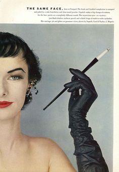 <3 cigarette holder Whenever you find fine vintage cloves, buy! Oh black vintage black leather opera gloves, how I want a pair of you! #1952