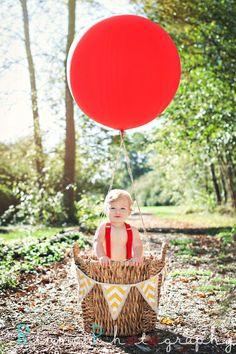 www.RinmanPhotography.com Tacoma, WA based Natural light Lifestyle Family, Kids, Seniors, Couples, Weddings, Glamour, and Boudoir outdoor and in studio Photographer. The movie UP! inspired shoot! Little boys and girls rock! Big huge colorful balloons are my favorite!