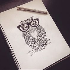 • The Clever Owl •  An owl with glasses so cute, detailed pattern