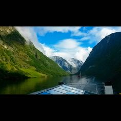 """Sogne-fjord from boat ⛵ #travel #adventure #norway #sognefjorden #fjord #sogreen #water #mountain #mountains"""