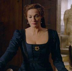 Renaissance Dresses, Renaissance Fashion, Italian Renaissance, 15th Century Fashion, Medici Masters Of Florence, Anna Karenina, Period Dramas, Season 2, Old World