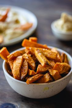 Frites de patate douce Easy Smoothie Recipes, Easy Smoothies, Good Healthy Recipes, Healthy Snacks, Snack Recipes, Coconut Recipes, Water Recipes, Pumpkin Spice, Sweet Potato