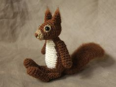 Een Nederlands patroon van een Eekhoorn. Leuk om de eekhoorn in huis neer te…