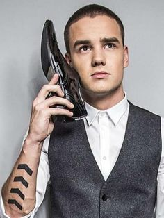 LEEYUM!!!!! YOU ARE SUCH A BABE!!!!!! GAH I CAN'T EVEN HANDLE YOU!!!!!!!:D:D *drooling*