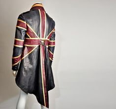 """raredeadly: """" Leather Union Jack coat by Impero Leather after Alexander McQueen design """" Steampunk Jacket, Steampunk Fashion, Steampunk Men, Union Jack, Alexander Mcqueen Designs, Cool Jackets, Casual Jackets, Men's Jackets, Mode Style"""
