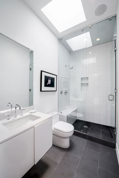 Here we showcase a a collection of perfectly minimal interior design examples for you to use as inspiration. Check out the previous post in the series: Minimal Modern Bathrooms Interior, Bathroom Interior Design, Interior Modern, Bathroom Designs, Interior Design Examples, Interior Design Inspiration, Design Ideas, Design Design, Bad Inspiration