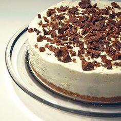 Recept daimcheesecake Food Journal, Recipe Journal, No Bake Cheesecake, Swedish Recipes, Tiramisu, Nom Nom, Biscuits, Sweet Tooth, Yummy Food
