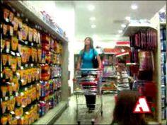 Excelente video para repasar los utiles escolares. Una cancion muy pegajosa!!!▶ SPOT REGRESO A CLASES ARROCHA - YouTube