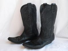 BLACK COWBOY BOOTS 9 by HousewifeVintage on Etsy, $49.00