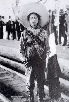 """Mexican Revolution. Adela Velarde Pérez born September 8, 1900. Creator of the revolutionary group the adelitas, who acted as nurses for soldiers injured in combat. From a young age his vocation was medicine, for this reason he joined the Mexican Association of the White Cross. In 1913, he served in the División del Norte. The composer Antonio del Río has dedicated the famous poem """"La Adelita""""."""