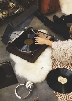 "somerollingstone: "" (via The (Vintage) Records You Need to Be Spinning 