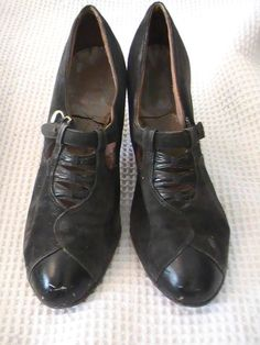 1930's Vintage Women's Black Leather Shoes by 3birdz on Etsy